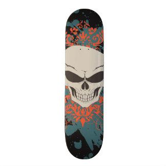 Crâne foncé skateboard