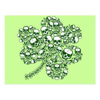 Crânes de shamrock carte postale