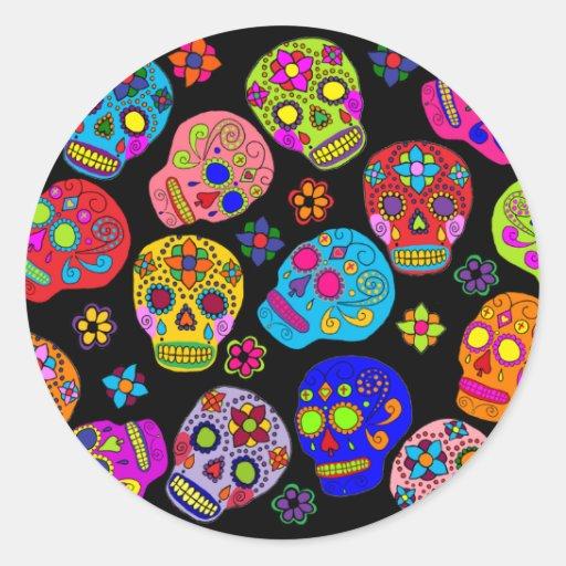 Crânes multicolores de sucre autocollant rond