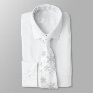 Cravate blanc de mariage d'hiver de flocons de