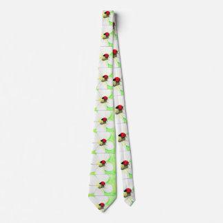 Cravate Coccinelle sur la fleur blanche