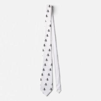 Cravate Corneille saisissant le tatouage cassé de flèche