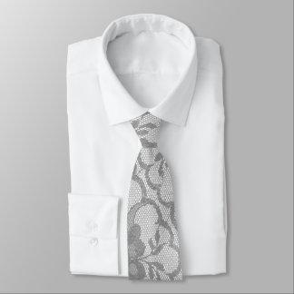 Cravate Dentelle blanche argentée grise urbaine moderne