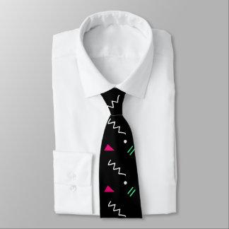 Cravate géométrique de collège