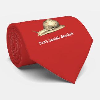 Cravate Le rouge n'écrasent pas la conception d'escargots