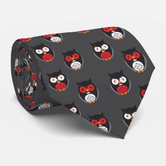 Cravate Les hiboux mignons avec rouge, blanc observe