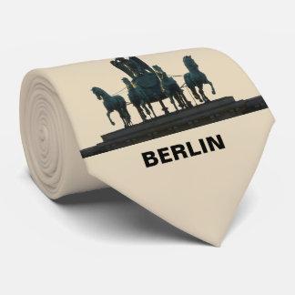 Cravate Quadriga de BERLIN à la Porte de Brandebourg 2.2.T