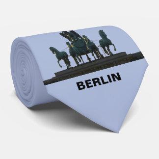 Cravate Quadriga de BERLIN à la Porte de Brandebourg 2.3.T