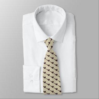 Cravate Tuyaux de Briar classiques de hanche sur le beige