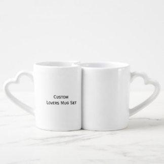 Créez l'ensemble fait sur commande de tasse de