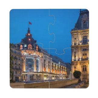 Crépuscule au Bazar de l'Hotel de Ville Dessous De Verre Puzzle