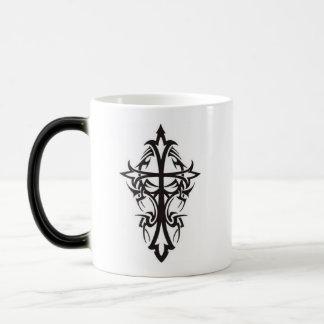 Croix tribale mug magique