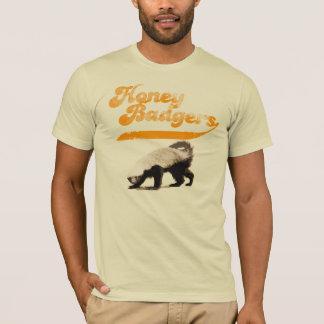 Cru de blaireau de miel d'équipe t-shirt