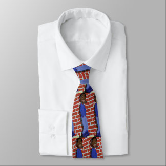 Dans la cravate mûre