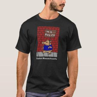 Dans le T-shirt de l'oeil d'un porc