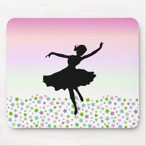 Danse parmi les étoiles - coucher du soleil rose tapis de souris