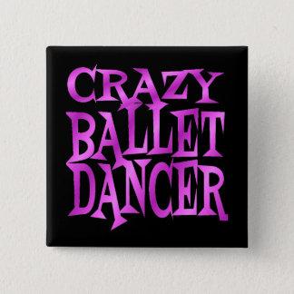 Danseur classique fou dans le rose badge carré 5 cm