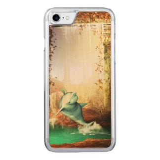 Dauphin drôle sautant dans un monde imaginaire coque carved iPhone 8/7
