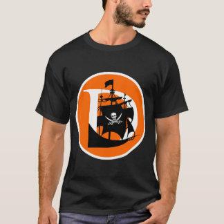 Davis pirate le T-shirt noir de base des hommes