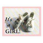 De aankondiging van de geboorte met vintage babybu wenskaart