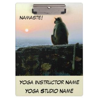 De Aap van de Yoga van de Meditatie van Namaste in Klembord