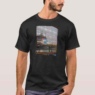 De Belgische Vertoning van het Bier in de T Shirt