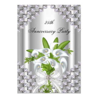 De elegante Zilveren Witte Bloemen 25ste Partij 12,7x17,8 Uitnodiging Kaart