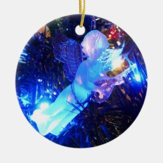 De Engel van Kerstmis Rond Keramisch Ornament