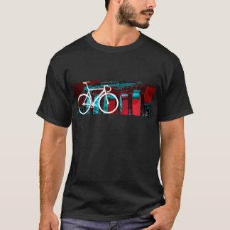 De Fiets Berlijn van het spoor - rood blauw T Shirt