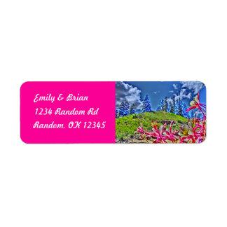De klantgerichte akelei bloeit roze etiketten