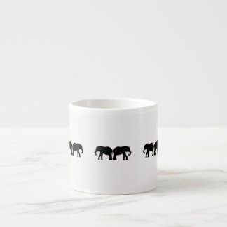 De nouveau à la conception arrière d'éléphant tasse expresso