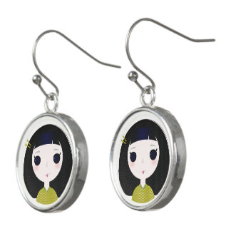 De oorringen van ontwerpers met Kleine geisha's