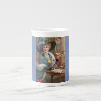 De Paris avec la tasse de porcelaine tendre