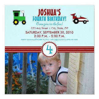 De Partij van de Verjaardag van de Tractor van het 13,3x13,3 Vierkante Uitnodiging Kaart