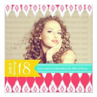 De Partij van de Verjaardag van Fab van de Kleuren 13,3x13,3 Vierkante Uitnodiging Kaart