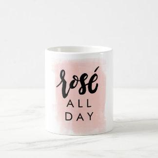 De rosé tasse toute la journée