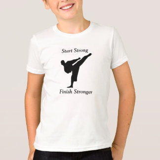 De T-shirt van de karate