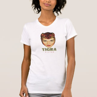 de vrouw van de tigrasigaret t shirts