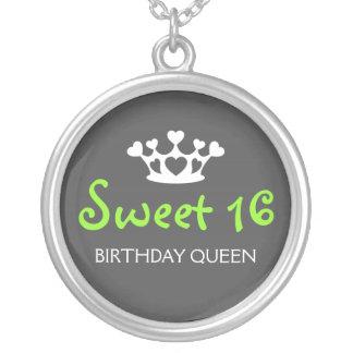 De zoete Koningin van Zestien Verjaardag - Groen e Ketting Rond Hangertje