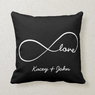 De zwart-witte Liefde van de oneindigheid - Decoratie Kussen