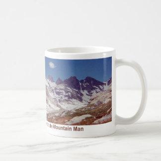 Déplacement par le pays de dieux mug blanc