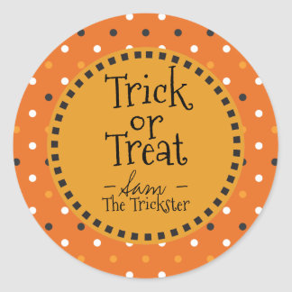 Des bonbons ou un sort. Halloween colore des Sticker Rond
