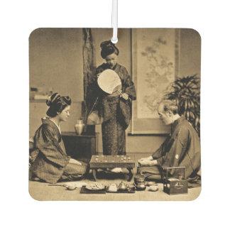 Désodorisant Pour Voiture Geisha jouant le maître au jeu du cru de 囲碁 Go