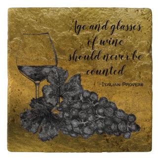 Dessous-de-plat Arrière - plan d'or de raisins en verre de vin