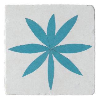 Dessous-de-plat Ce trépied est conçu avec une étoile de turquoise