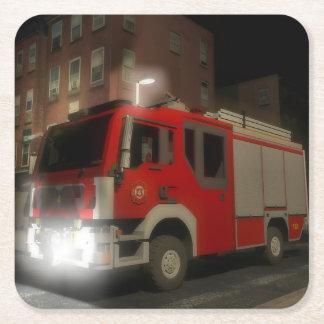Dessous-de-verre Carré En Papier Camion de pompiers par une rue de Brooklyn