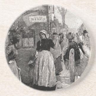 Dessous De Verre En Grès Les femmes ont couru dans les rues