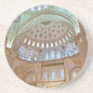 Dessous De Verre En Grès Plafond voûté intérieur coloré de mosquée bleue