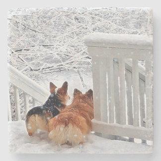 Dessous-de-verre En Pierre Deux Corgis en hiver