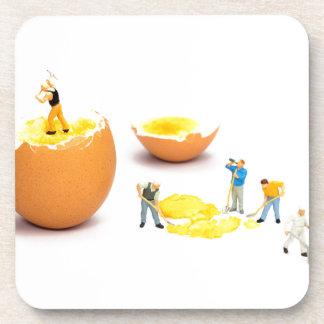 Dessous-de-verre Équipe de figurines humaines miniatures